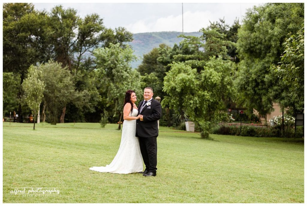 MEULSTROOM LODGE WEDDINGS - MELCOLM & CINDY_0001